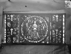 Eglise Saint-Gengoult et son cloître - Vitrail de l'abside, lancette de droite, panneau 22