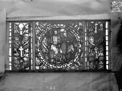 Eglise Saint-Gengoult et son cloître - Vitrail de l'abside, lancette de droite, panneau 24