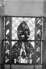 Eglise Saint-Gengoult et son cloître - Vitrail du transept sud, fenêtre A, 2ème lancette, panneaux supérieurs 17, 18