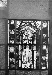 Eglise Saint-Gengoult et son cloître - Vitrail du transept sud, fenêtre A, 3ème lancette, panneaux 25, 26