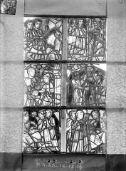 Ancienne cathédrale Saint-Etienne et son cloître - Vitrail de la chapelle absidiale, fenêtre E, les six panneaux au-dessus