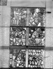 Ancienne cathédrale Saint-Etienne et son cloître - Vitrail de la chapelle absidiale, les deux panneaux supérieurs de la fenêtre E et les quatre panneaux supérieurs de la fenêtre G