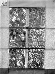 Ancienne cathédrale Saint-Etienne et son cloître - Vitrail de la chapelle absidiale, fenêtre G, les six panneaux inférieurs