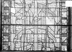 Ancienne cathédrale Saint-Etienne et son cloître - Vitrail du transept nord, fenêtre A, panneau médian du précédent