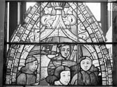 Ancienne cathédrale Saint-Etienne et son cloître - Vitrail du transept nord, fenêtre B, panneau supérieur