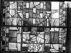 Ancienne cathédrale Saint-Etienne et son cloître - Vitrail du transept nord, fenêtre C, panneau inférieur