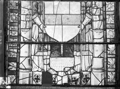 Ancienne cathédrale Saint-Etienne et son cloître - Vitrail du transept nord, fenêtre D, panneau inférieur