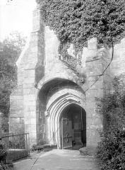 Eglise Notre-Dame du Tertre - Portail de la façade ouest