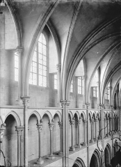 Eglise Notre-Dame - Vue intérieure de la nef : Triforium