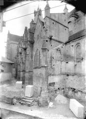 Eglise Saint-Gervais-Saint-Protais - Façade nord en perspective