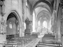 Eglise Saint-Médard - Vue intérieure de la nef vers le nord-est