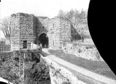 Porte Saint-Pierre - Vue d'ensemble, côté extra-muros