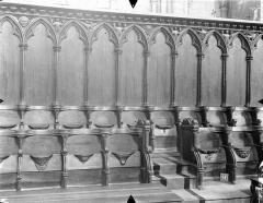 Cathédrale Saint-Pierre - Stalles du choeur, détail