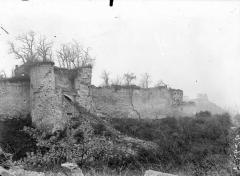 Porte de Laon et remparts -