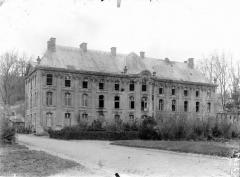 Ancienne abbaye - Bâtiment de gauche