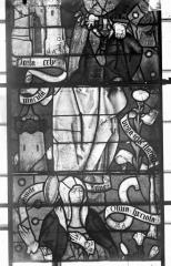 Eglise Saint-Samson - Vitraux, panneaux 7, 17, 30 de la baie F