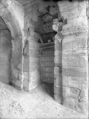 Amphithéatre ou Arènes - Détail, baie intérieure