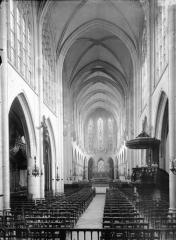 Eglise Saint-Germain-l'Auxerrois - Nef, vue de l'entrée