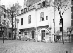 Eglise Saint-Séverin - Cloître, extérieur,avant restauration