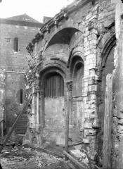 Ancienne abbaye Saint-Martin-des-Champs, actuellement Conservatoire National des Arts et Métiers et Musée National des Techniques - Abside, arcs et décharge, en hauteur