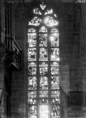 Eglise Saint-Mathurin - Vitrail de saint Yves, ensemble