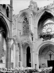 Cathédrale Saint-Gervais et Saint-Protais - Façade ouest, revers
