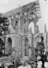 Cathédrale Saint-Gervais et Saint-Protais - Grande brêche, ensemble pris de l'extérieur