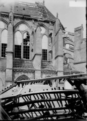 Cathédrale Saint-Gervais et Saint-Protais - Abside au sud