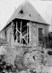 Pavillon de l'Arquebuse - Vue prise des remparts