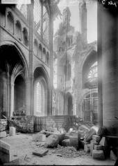 Cathédrale Saint-Gervais et Saint-Protais - Tribune