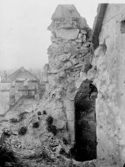 Ancienne église Saint-Pierre-au-Parvis - Tourelle d'escalier