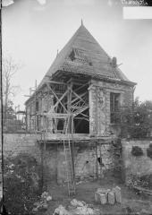 Pavillon de l'Arquebuse - Ensemble, vu d'angle