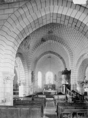 Eglise paroissiale Saint-Martin - Choeur et partie de la nef