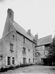 Ancienne abbaye bénédictine - Logis, sud-ouest