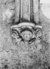 Ancienne abbaye bénédictine - Réfectoire, culot