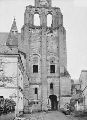 Ancienne abbaye bénédictine - Tour Saint-Paul, ensemble ouest