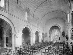 Eglise paroissiale Saint-Gilles - Nef, vue de l'entrée