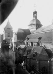 Eglise Saint-Rémy - Petit clocher et tour centrale