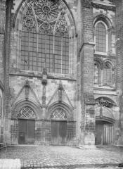 Ancienne cathédrale, actuellement église Notre-Dame, et cloître - Bras sud du transept