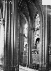 Ancienne collégiale Saint-Quentin - Choeur et transept