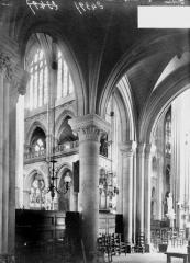 Ancienne cathédrale et son chapître - Transept, vue diagonale