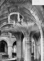 Ancienne cathédrale et son chapître - Chapelle nord, clef de voûte