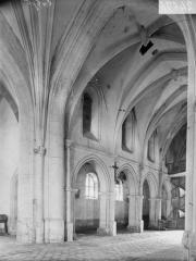 Eglise Sainte-Catherine - Travées de la nef