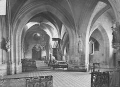 Eglise - Nef et bas-côté, vus du choeur