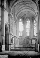 Eglise Sainte-Catherine, dite aussi Eglise Saint-Pierre du Prieuré - Choeur