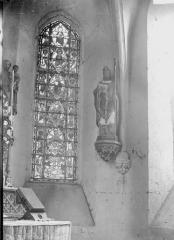 Eglise Saint-Vast d'Agnières - Vitrail