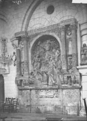 Ancienne église abbatiale, actuellement église paroissiale - Monument funéraire de Charlotte de Halluin