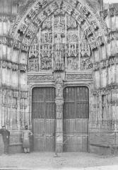 Chapelle du Saint-Esprit - Portail