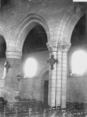Ancienne église abbatiale, actuellement église paroissiale - Eglise, travées de la nef