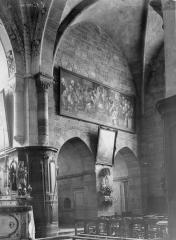 Abbaye - Eglise, angle du choeur